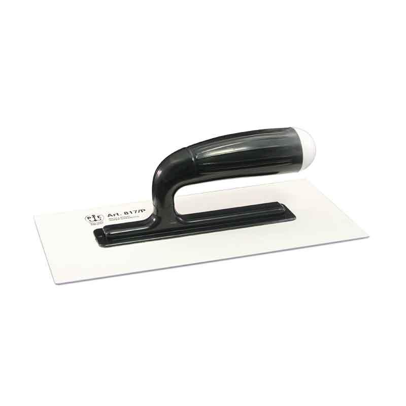 glaettekelle aus schwarzem Plastik